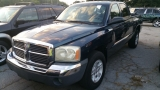 Dodge Dakota, 4 DOOR PICKUP 2005