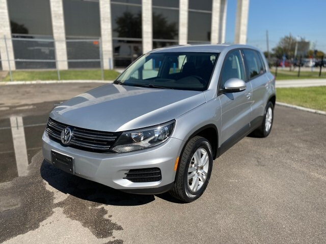 2013 volkswagen tiguan s 6-speed automatic cars - houston, tx at geebo