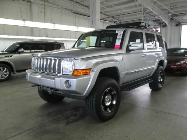 2010 Jeep Commander 4wd 4dr Limited Vegas Motorcars Inc