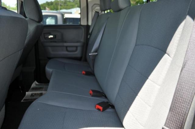 2017 RAM 1500 SLT QUAD CAB