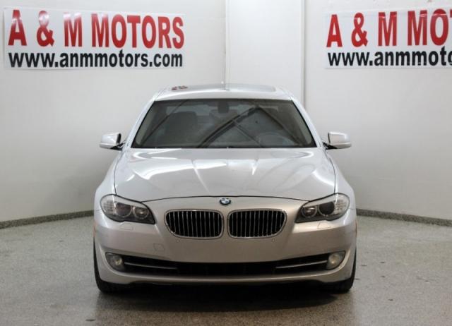 2011 BMW 5-Series 4dr Sdn 535i RWD