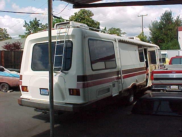 Itasca Windcruiser 1985