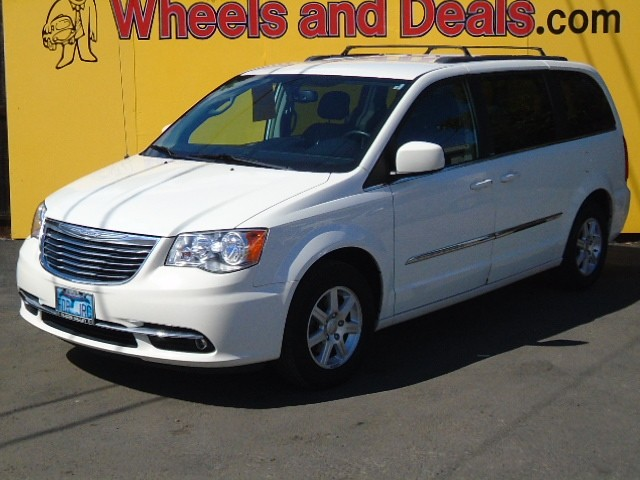 Chrysler Town Country 2012