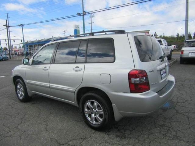 2004 Toyota Highlander Base AWD 4dr SUV V6 w/3rd Row $8,988 (Lynnwood ...