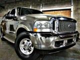 Ford Excursion V10 6.8L Limited 2002