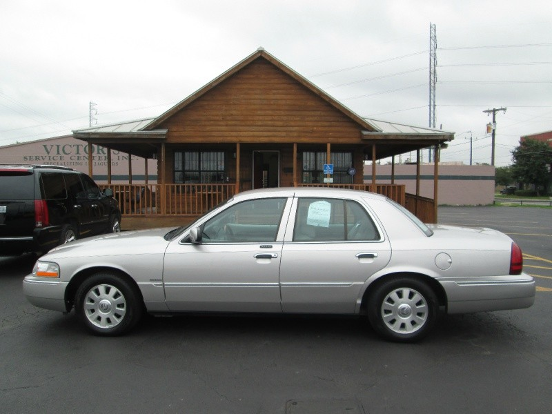 Mercury Grand Marquis II 2004