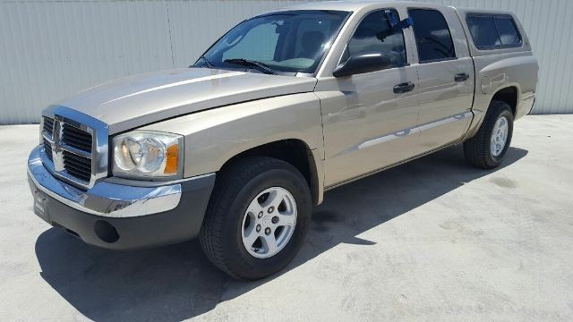 Dodge Dakota 2005