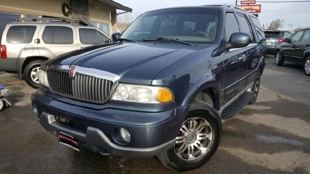 $4,995, 2000 Lincoln Navigator