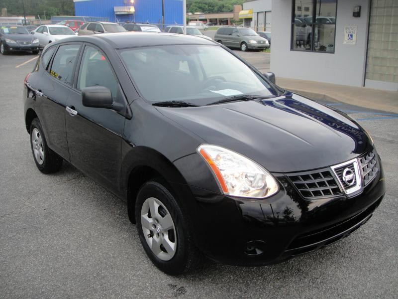Nissan Rogue S 2010