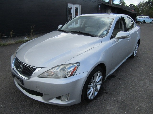 2009 lexus is 250 4dr sport sdn auto awd silver super. Black Bedroom Furniture Sets. Home Design Ideas