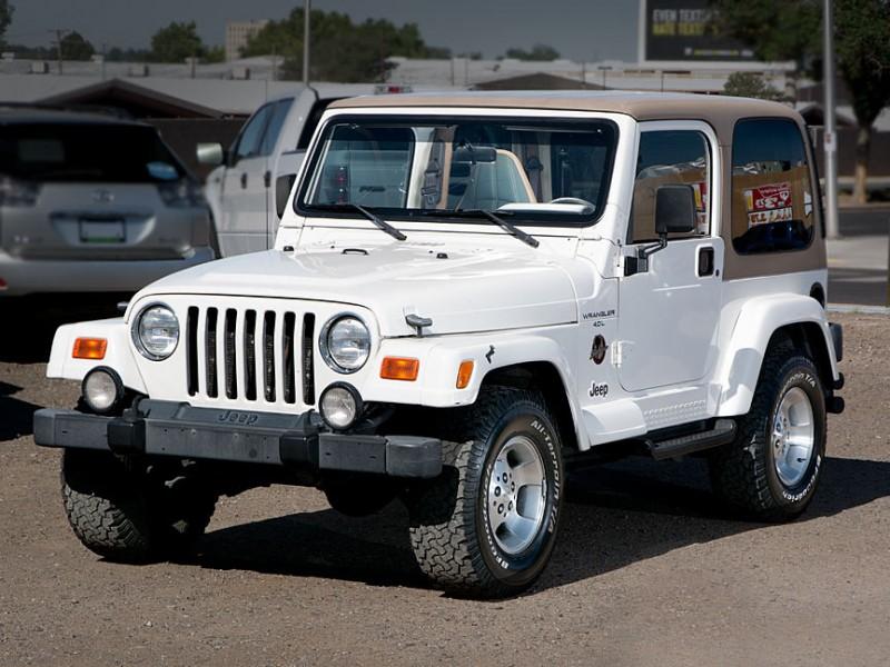2000 Jeep Wrangler 2dr Sahara White Tan 107001 miles Stock P2588 VIN 1J4FA59S4YP722593