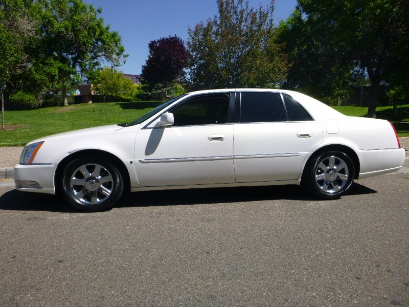 2007 CADILLAC DTS IVORY 114561 miles Stock D0009 VIN 1G6KD57Y07U106525