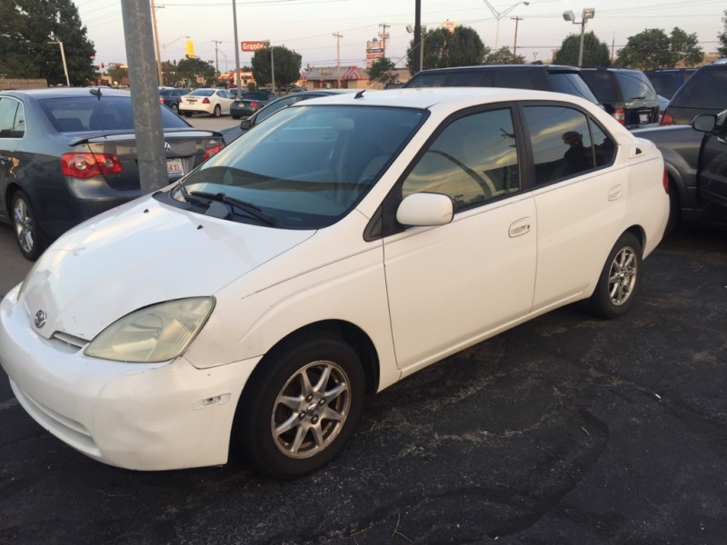 2002 toyota prius 4dr sdn natl inventory sal 39 s auto sales auto dealership in oklahoma. Black Bedroom Furniture Sets. Home Design Ideas