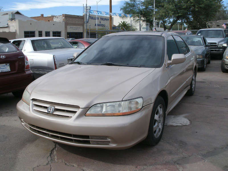 2002 Honda Accord Sdn SE Auto ULEV wSide Airbags This Honda Accord is ready to roll today and qu