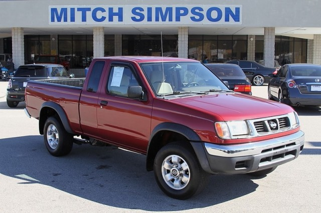 2000 nissan frontier king cab v6 auto great carfax no for Mitch simpson motors cleveland ga