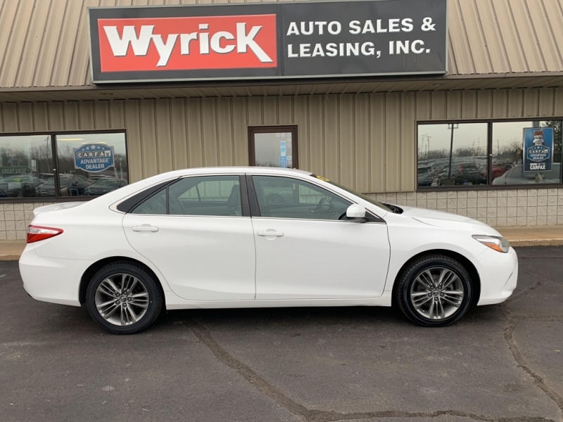 2015 toyota camry le cars - holland, mi at geebo