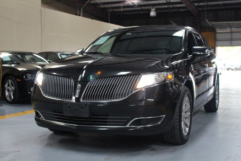 2014 Lincoln MKT 4dr Wgn 37L AWD wLivery Pkg 118456 miles Stock L50949 VIN 2LMHJ5NK9EBL5094