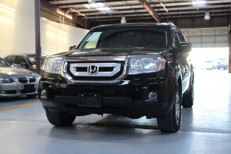 2009 Honda Pilot 4WD 4dr Touring 107051 miles Stock 045618 VIN 5FNYF489X9B045618