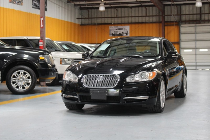 2010 Jaguar XF 4dr Sdn Luxury Black Beige 114297 miles Stock R62484 VIN SAJWA0FA7AHR62484