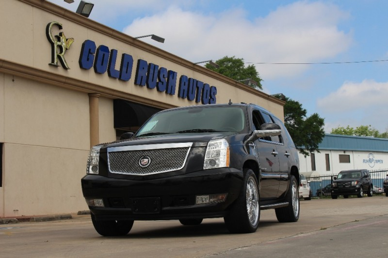 2011 Cadillac Escalade AWD 4dr Luxury Black Black 0 miles Stock 163113 VIN 1GYS4BEF5BR163113
