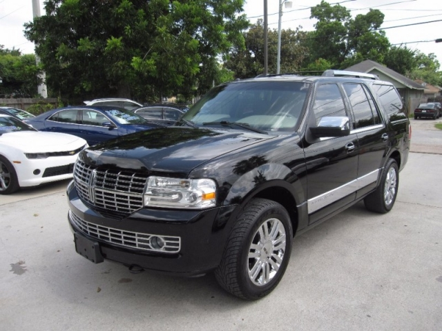 2008 lincoln navigator 4wd 4dr inventory lone star for Lone star motors inventory