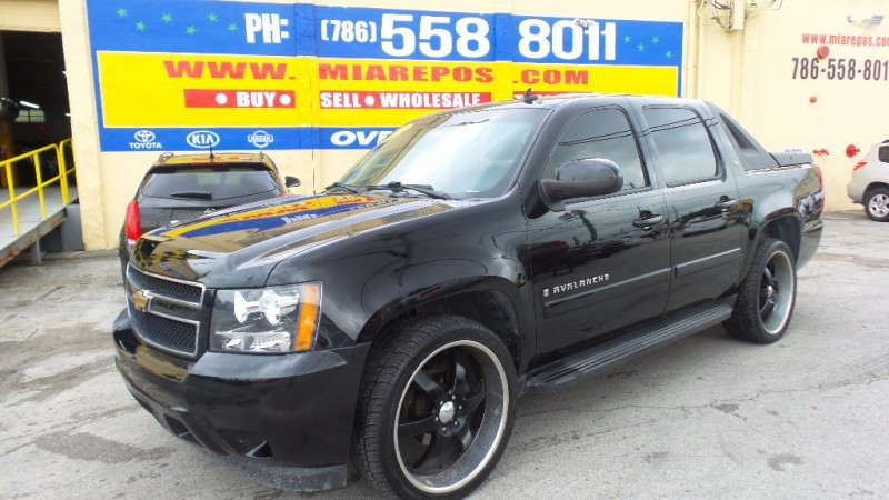 2010 chevrolet avalanche for sale in miami fl cargurus. Black Bedroom Furniture Sets. Home Design Ideas