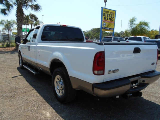 2005 Ford Super Duty F-250 Supercab Long Bed XLT