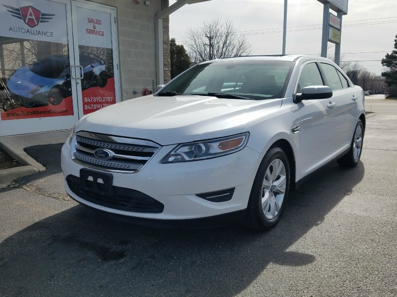 2011 Ford Taurus 4dr Sdn SEL FWD 2011 Ford Taurus 4dr Sdn SEL FWD with 87745 miles and asking 9