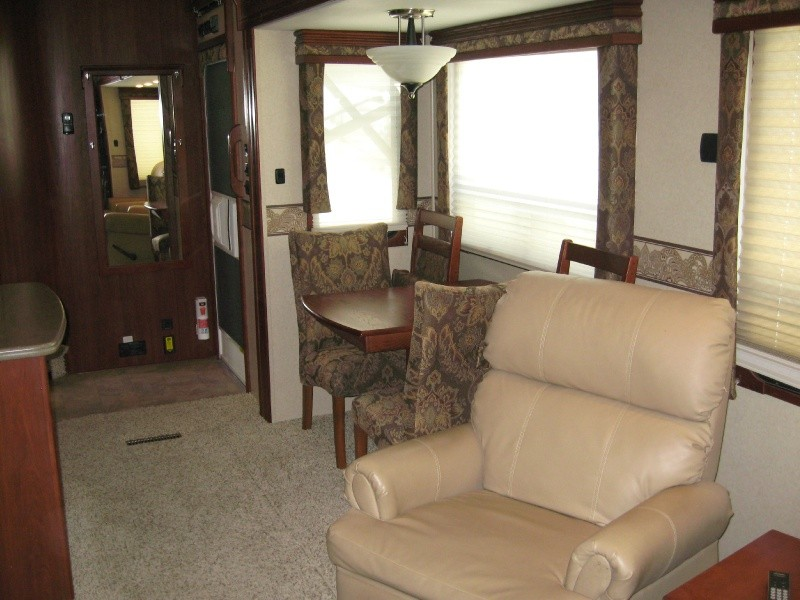 2009 carri lite 36sbq 40th anniversary edition outback rv of texas auto dealership in denton. Black Bedroom Furniture Sets. Home Design Ideas