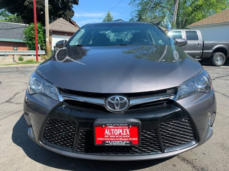 2015 toyota camry xle 4dr sedan cars - milwaukee, wi at geebo