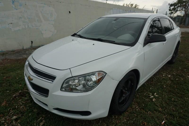 2012 Chevrolet Malibu 4dr Sdn LS w1FL White Gray 134923 miles Stock 358806 VIN 1G1ZA5E06CF