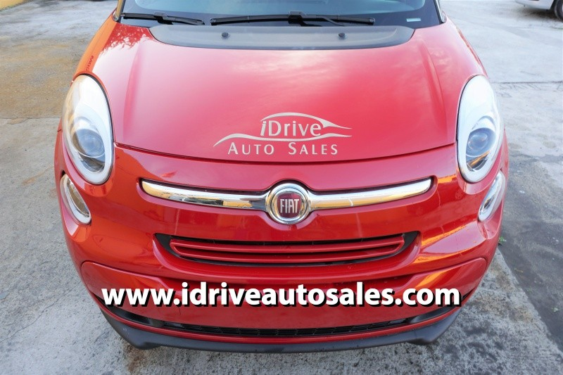 2014 Fiat 500L 5dr HB Pop The front windshield is in excellent condition The paint is in great sh