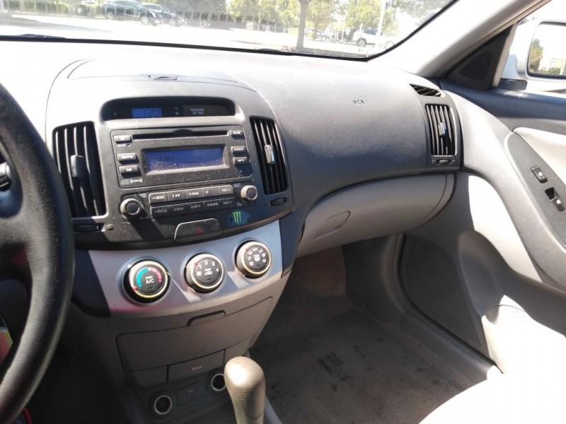 Hyundai Elantra 4dr Sdn Auto SE w/XM 2007