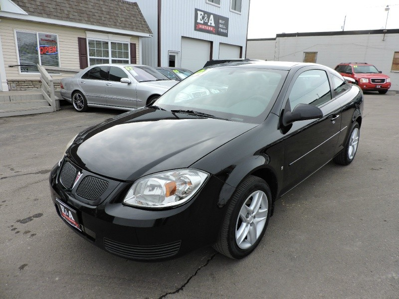 2008 pontiac g5 for sale in cedar rapids ia cargurus. Black Bedroom Furniture Sets. Home Design Ideas