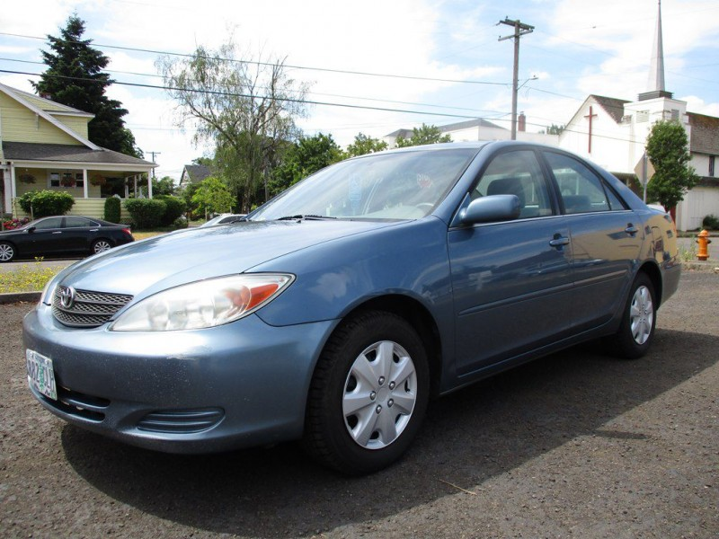 2004 toyota camry le cars - oregon city, or at geebo