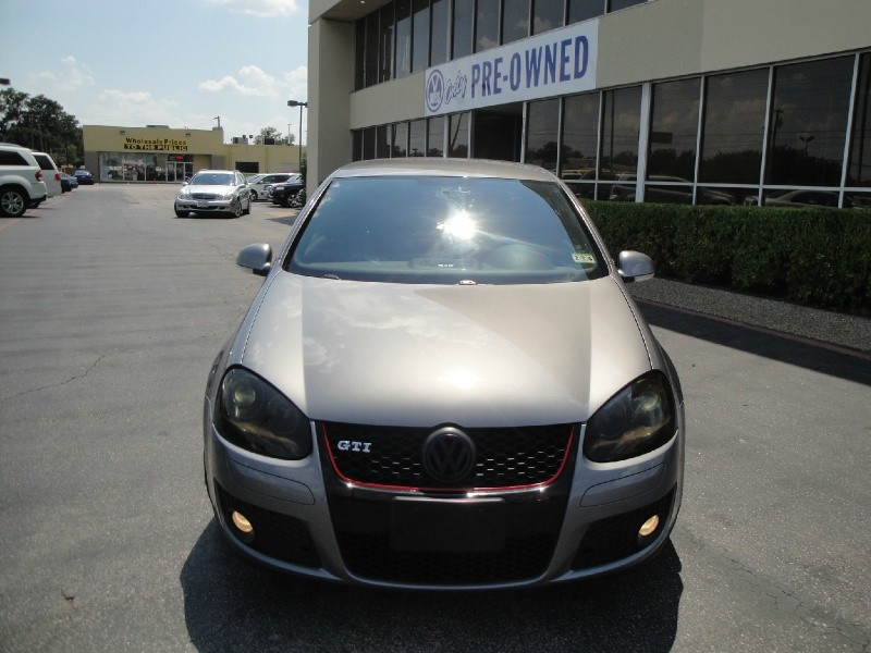 2008 Volkswagen GTI Take a look at this 2008 Volkswagen GTI This vehicle is equipped with 6-speed d