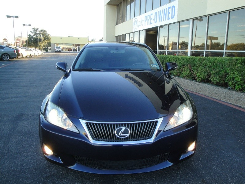 2009 Lexus IS 250 4dr Sport Sdn Auto RWD Check out this 2009 Lexus IS 250 This sedan is equippe