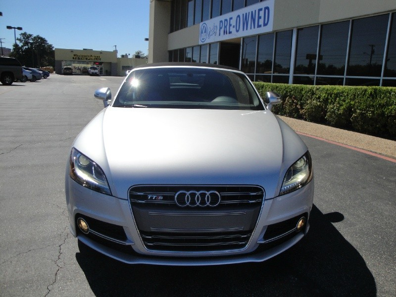 2012 Audi TTS 2dr Roadster S tronic quattro 2 WOW Check out this RARE AND HARD TO FINE2012 Aud