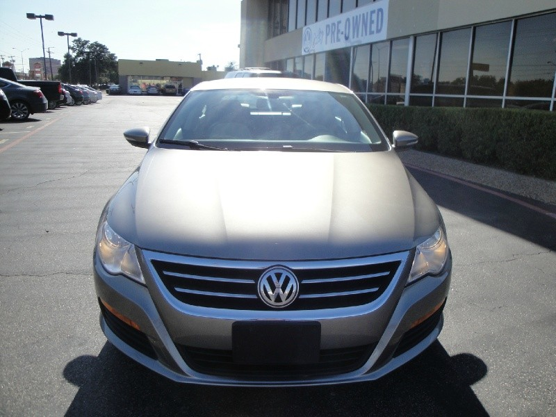 2011 Volkswagen CC CHECK OUT THIS 1 OWNER 2011 VOLKWAGEN CC SPORT THIS SEDAN HAS BEAUTIFUL TWO TON