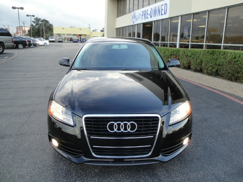 2011 Audi A3 4dr HB Man FrontTrak PZEV 20T P 1 OWNER NO ACCIDENTS 2011Audi A3 S-Line TFSI 6