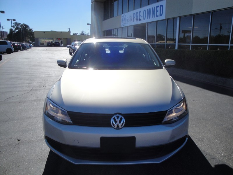 2011 Volkswagen Jetta Sedan 4dr Auto SE PZEV 2011 VW Jetta SE Automatic W LOW MILES ONE OWNER