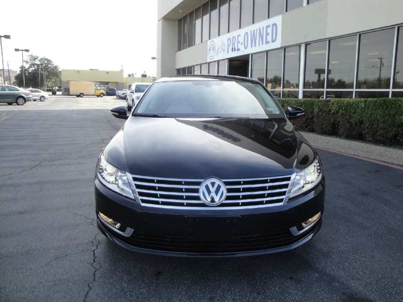 2013 Volkswagen CC LIKE NEW 2013 VOLKSWAGEN CC MANUAL SPORT MANUFACTURER WARRANTY NO ACCIDENTS