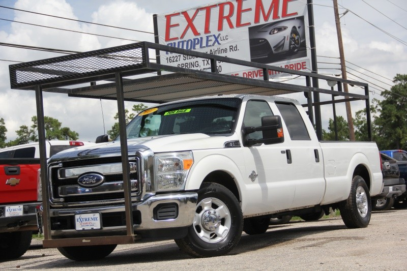 Ford Super Duty F-250 Crew Cab XLT 2011