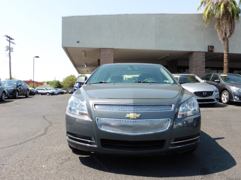 2009 Chevrolet Malibu 4dr Sdn LT w1LT Gray Gray 133000 miles Stock 213104 VIN 1G1ZH57B29F2
