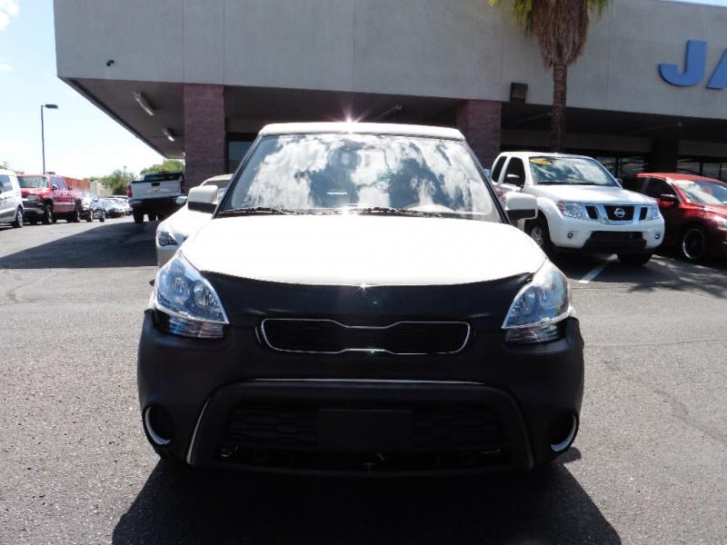 2013 Kia Soul 5dr Wgn Auto Base White Black 31000 miles Stock 765146 VIN KNDJT2A56D7765146