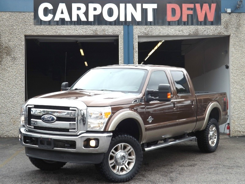$36,995, 2011 Ford F250 LARIAT 4X4   LIFTED 4 NEW TIRES