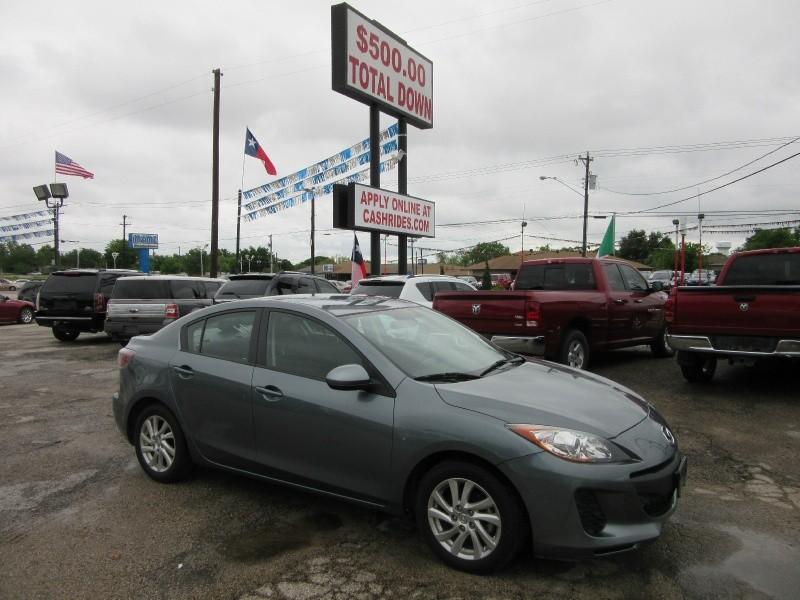Mazda Mazda3 500.00 TOTAL DOWN 2012