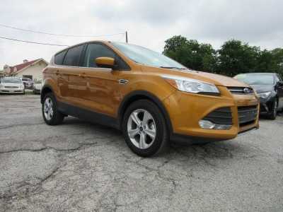 Ford Escape  500.00 total down 2016