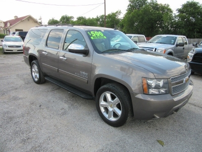 Chevrolet Suburban 500.00 total down all credit 2011