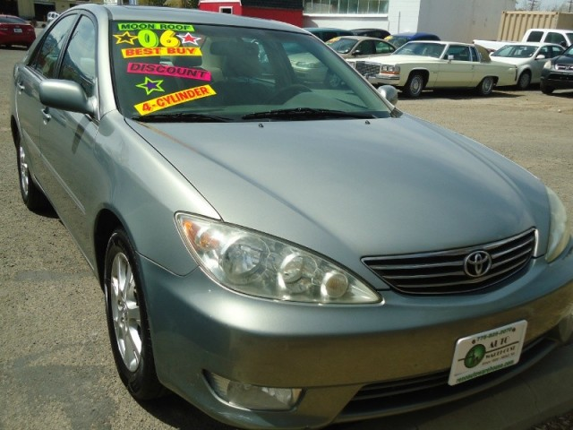 2006 toyota camry 4dr sdn le manual natl 6 995 reno nv. Black Bedroom Furniture Sets. Home Design Ideas